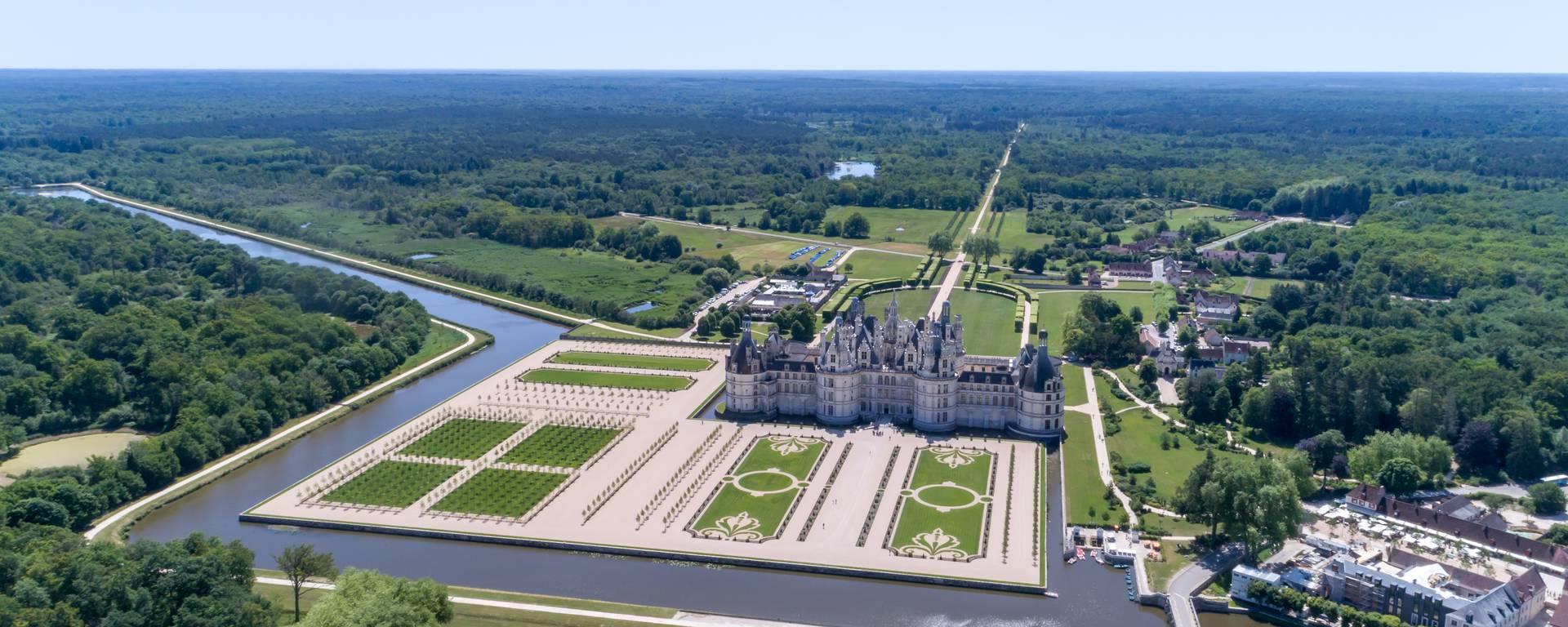 Vista aerea dei giardini di Chambord