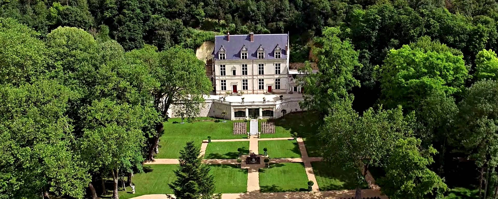 Vista aerea del castello Gaillard © OTBC