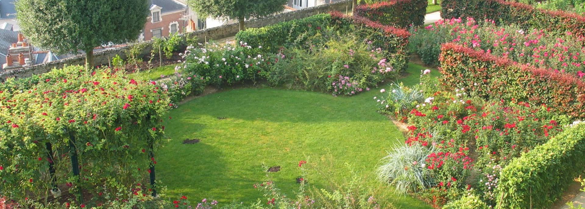 I giardini della sede vescovile di Blois