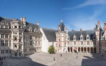Cortile del castello reale di Blois