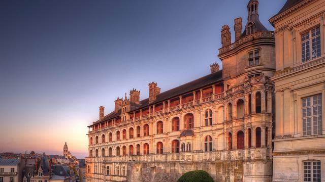 La facciata delle Logge del Castello Reale di Blois © L. de Serres