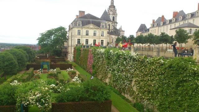 I giardini della sede vescovile di Blois. © OTBC
