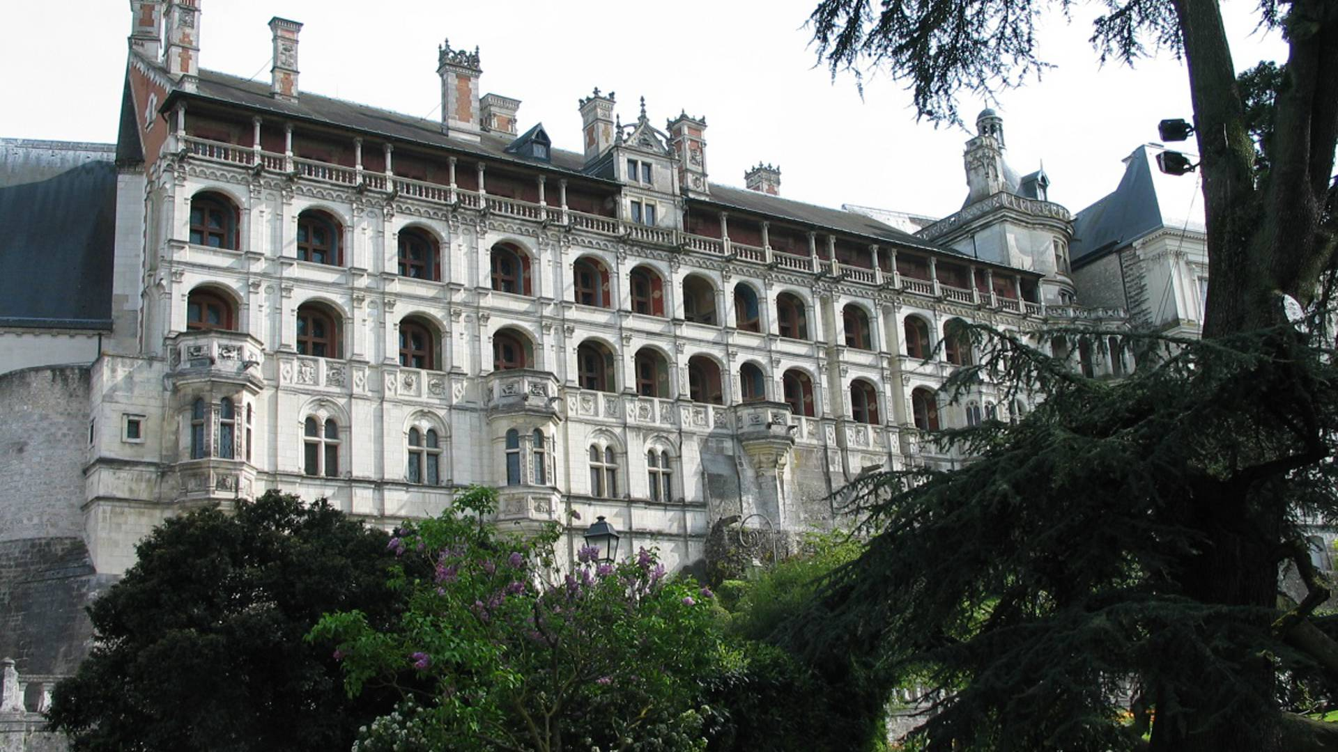 L'ala Francesco I del castello reale di Blois
