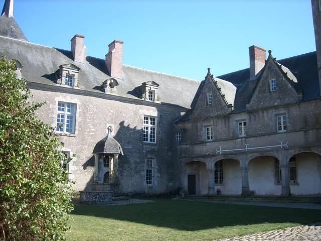 Il cortile del castello di Talcy © OTBC