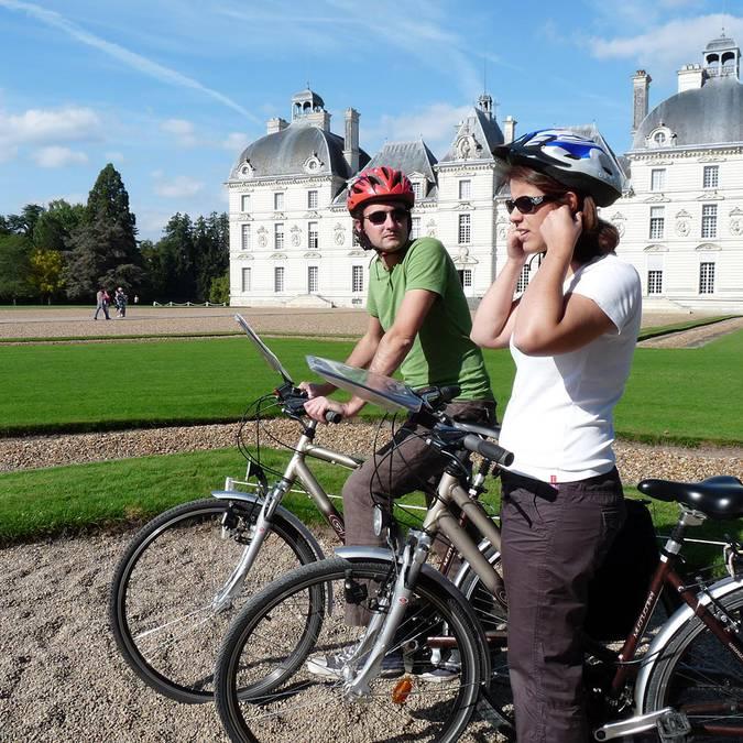 Visita il castello di Cheverny in bicicletta