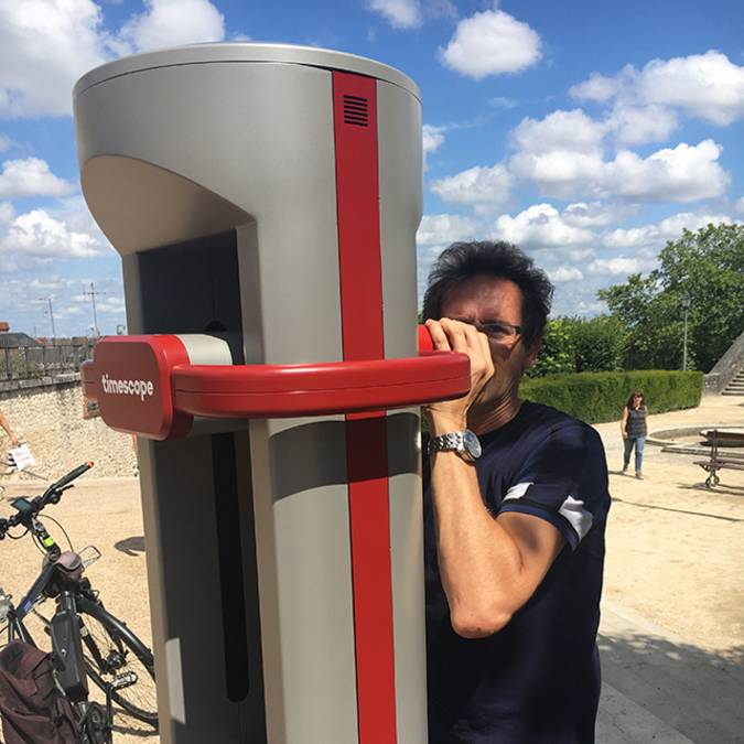 Il terminale di realtà virtuale di Blois