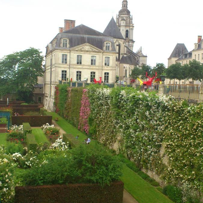 I giardini del vescovato di Blois. © OTBC