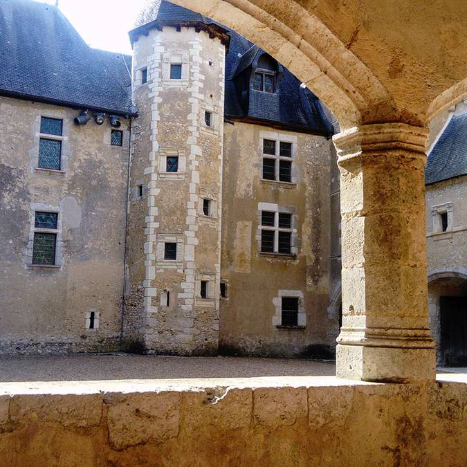 Le gallerie del castello di Fougères-sur-Bièvre